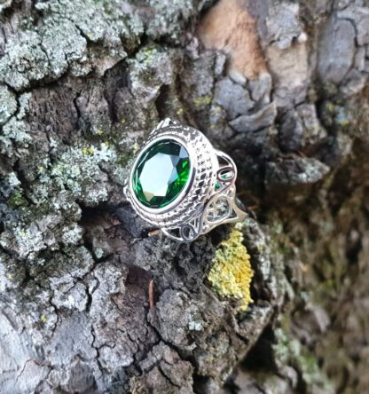 Green Dwarven Ring
