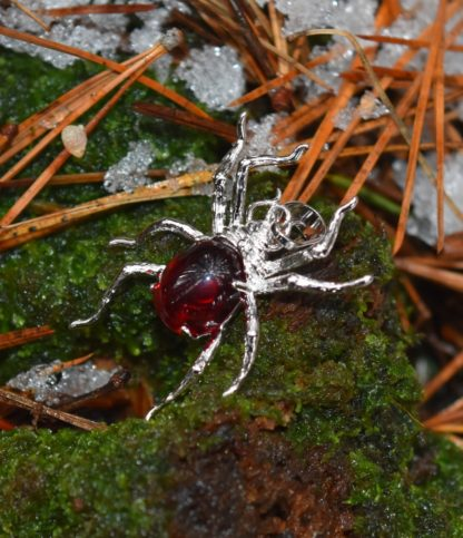 red drow spider pendant